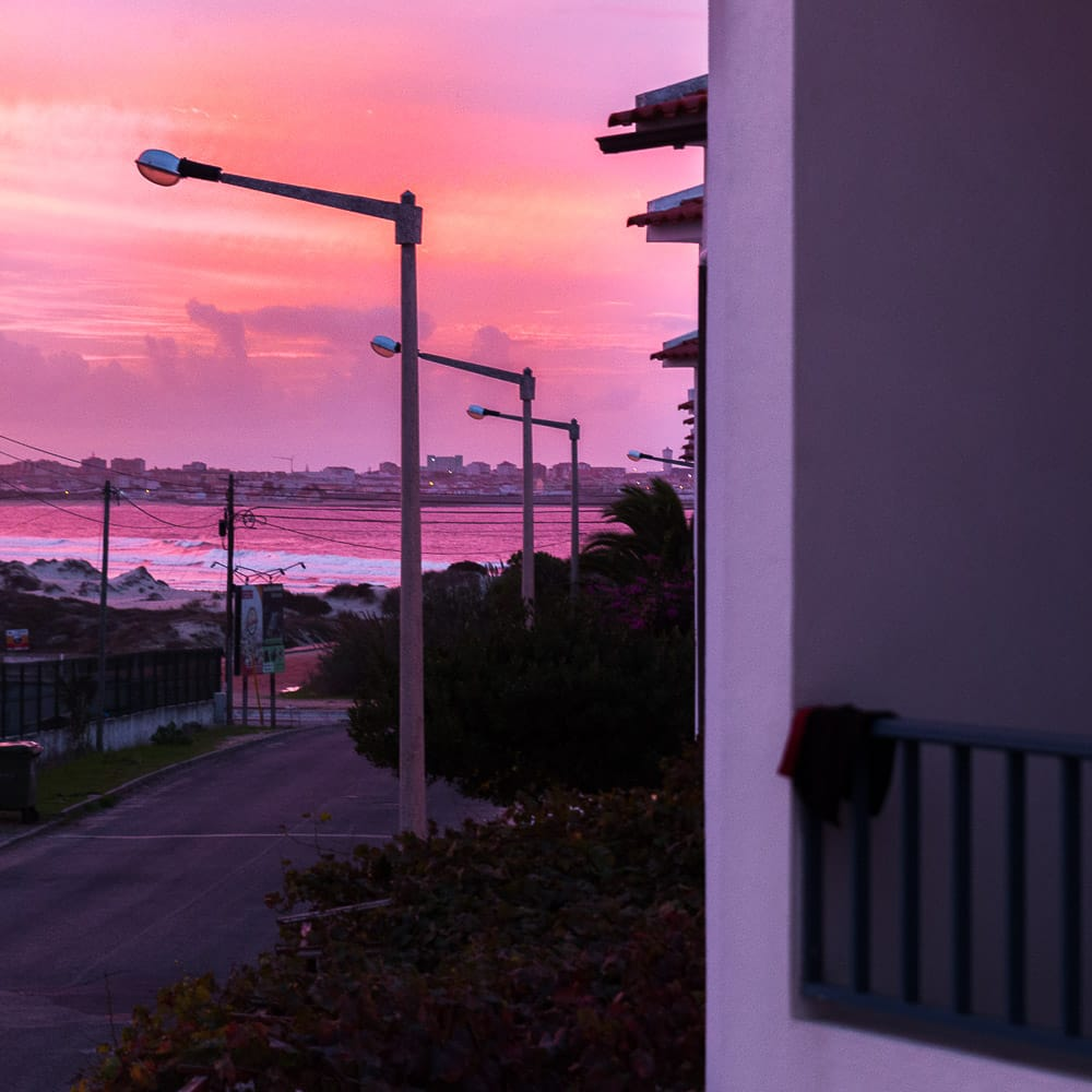 Blick vom Balkon bei Sonnenuntergang