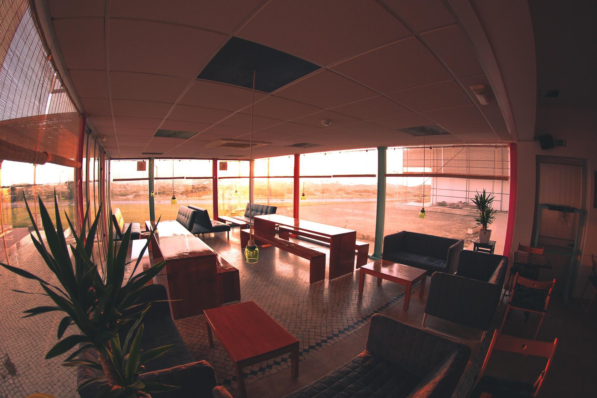 The Base Sonnenuntergang