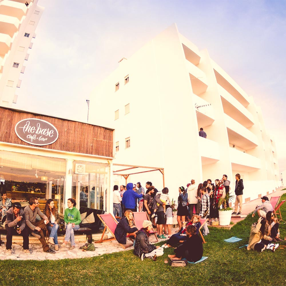 Peniche Party at sunset and all night long