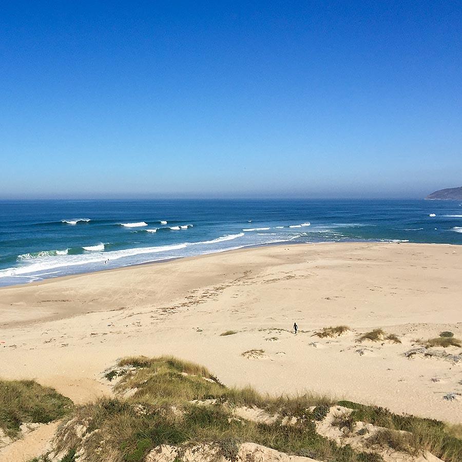 Foz do Arelho Cladas da Rainha surf spot