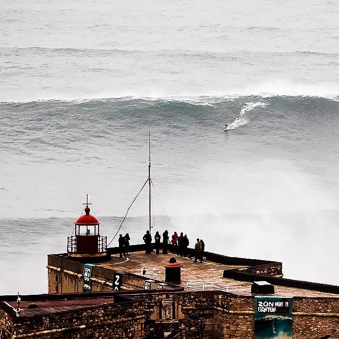 Praia do Norte Big Wave